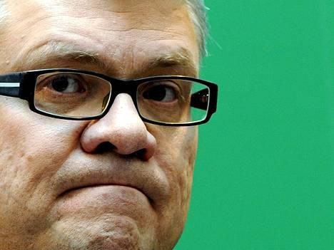 Ilmarisen hallituksen puheenjohtajan Jussi Pesosen mukaan Ilmarisen johdolla on ollut yhtiön täysi luottamus koko prosessin ajan.