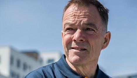 Yksin maailman ympäri purjehtiva Tapio Lehtinen, 60, dramaattisissa ongelmissa – vene ilman sähköjä, edessä myrskyävä Etelämeri