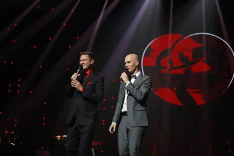 Jukka Hallikainen ja Marko Maunuksela kuvattuna tangokuningatarfinaalissa 2017.