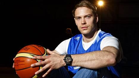 Petteri Koponen on yksi yritykseen sijoittaneista urheilijoista.