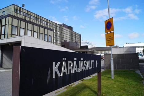 Upseeri tuomittiin Etelä-Savon käräjäoikeudessa yhden vuoden ehdolliseen vankeusrangaistukseen ja 40 tunnin mittaiseen yhdyskuntapalvelurangaistukseen neljästä rikoksesta.