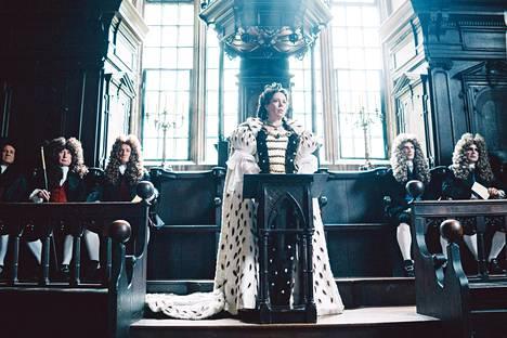 Kuningatar Annan (1665–1714) höpsö rooli elokuvassa The Favourite toi Colmanille Oscarin.