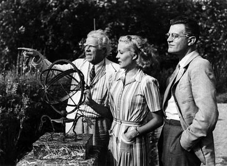 Tänään perjantaina nähdään elokuva Puck TV1-kanavalta klo 13.25. Kuvassa ovat Hugo Hytönen (vas.), Helena Kara ja Tauno Palo.