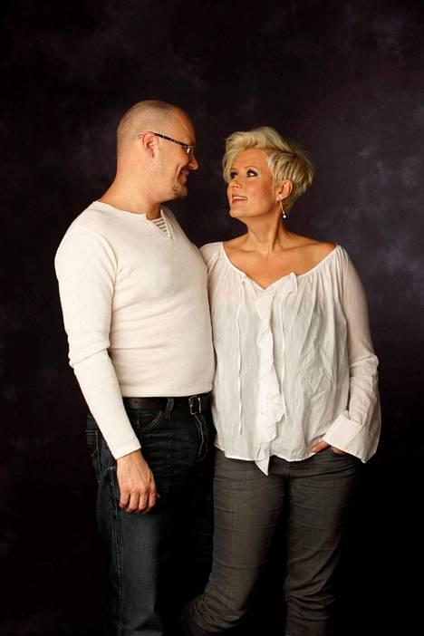 Hanna-Riikka Siitonen ja ohjaaja-näyttelijä Janne Virtanen olivat naimisissa 15 vuotta.