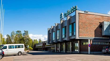 Vastaanottokeskus sijaitsi Hotelli Tallukan tiloissa Asikkalassa.