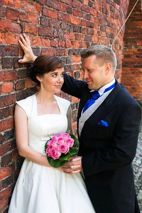 Pia avioitui vuonna Ensitreffit Alttarilla -sarjan ensimmäisellä tuotantokaudella Jussin kanssa