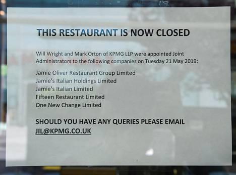 Oliverin ravintoloiden ovet suljettiin viime toukokuussa.