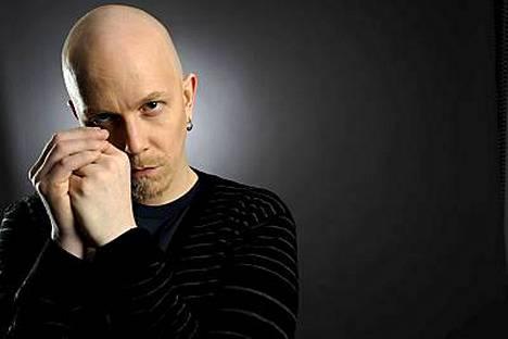 Apulannan keulahahmo Toni Wirtanen teki kolme peräkkäistä levyä oman elämänsä synkistä vaiheista.