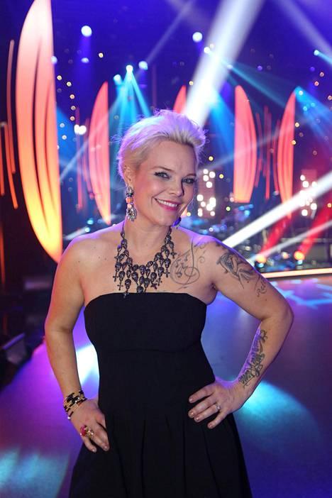 Anette Olzon tähditti myös MTV:n Tähdet, tähdet -ohjelmaa vuonna 2015.