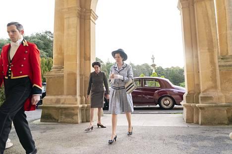 Kuva The Crown -sarjan kolmannelta tuotantokaudelta.