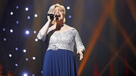 Sini Ikävalko lauloi Tangomarkkinoilla kuningatarfinaalissa heinäkuussa. Hän oli viime vuonna myös Voice of Finlandissa.