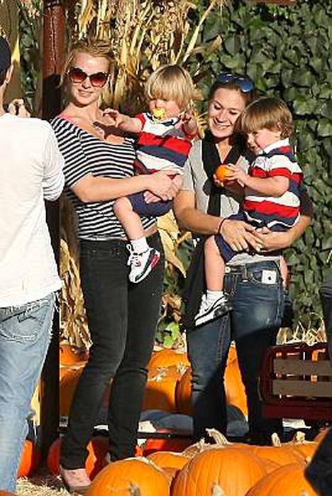 Britney Spears saa lapsensa mukaan kiertueelleen.