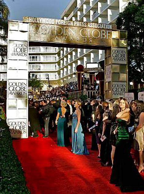Golden Globe -gaalan punaista mattoa ei nähdä tänä vuonna lainkaan. Palkintogaalaa ei järjestetä, koska sekä Hollywood-tähdet että käsikirjoittajat ovat ilmoittaneet boikotoivansa sitä.