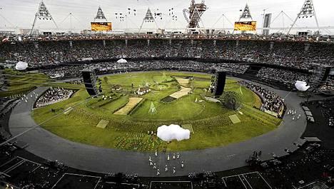 Olympiastadion muuttui maalaismaisemaksi.