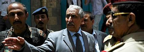 Jemenin sisäministerin Abdelqader Qahtanin mukaan siepattujen suomalaisten löytämiseksi on meneillään laajat etsinnät.