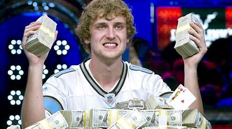 Ryan Reiss kuittasi pokerin maailmanmestaruudesta 8,4 miljoonan dollarin potin.