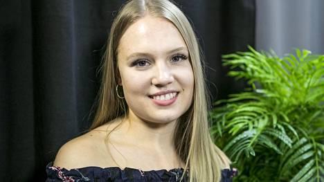 19-vuotias Neea nähtiin Au pairit Miamissa -ohjelmassa.