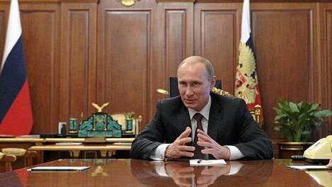 Venäjän presidentti Vladimir Putin ilmoitti, että Venäjä tulee vastaamaan pakotteisiin.