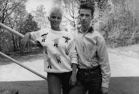 Erik Hennon kanssa vuonna 1989.