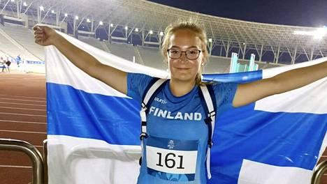 Vivian Suominen sijoittui toiseksi.