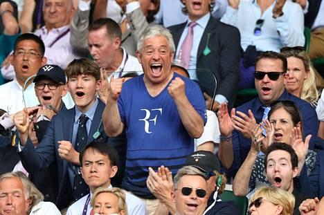 John Bercow tunnetaan intohimoisena tennisfanina. Kuvassa hän on seuraamassa sveitsiläistähti Roger Federerin ottelua Lontoossa viime heinäkuussa.