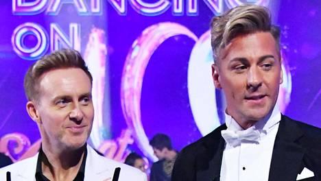 """Ian """"H"""" Watkins ja Matt Evers muodostavat Dancing On Ice -ohjelman kaikkien aikojen ensimmäisen miesparin."""