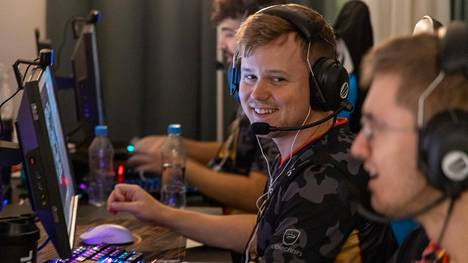 """Marco """"Snappi"""" Pfeiffer, 31, on ENCEn pelinjohtaja. Kokenut tanskalainen on saanut joukkueestaan kaiken irti vuoden tärkeimmässä karsinnassa, jonka voitosta ENCE pelaa tänä iltana."""