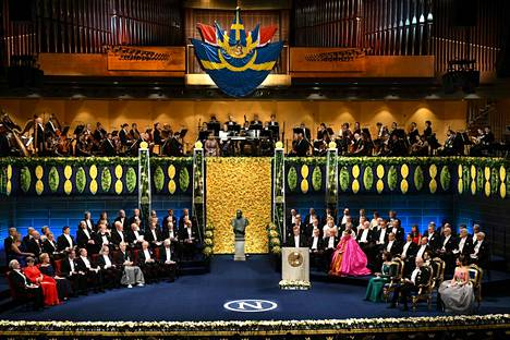 Nobelfesten on äärimmäisen juhlallinen tilaisuus, jota seurataan Ruotsissa tarkkaavaisesti. Se järjestetään Tukholman konserttitalolla.