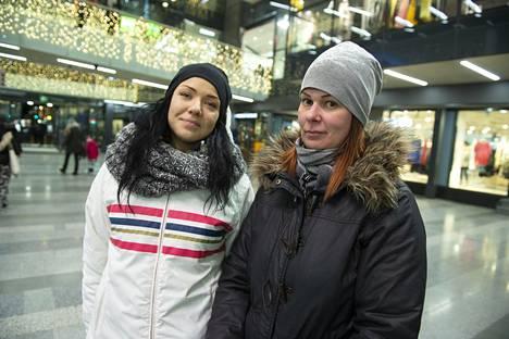 Ella Pietilä ja Marjo Puhakka.