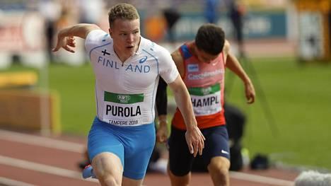Samuel Purola juoksi tiistaina satasen alkuerissä.