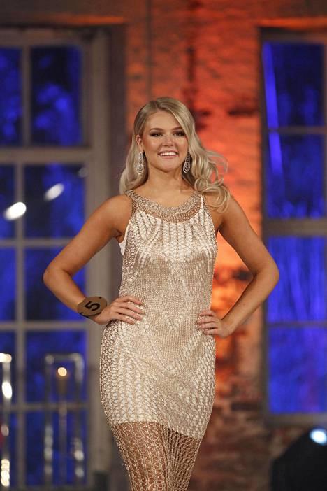 Eevi Ihalainen kuvattuna Miss Suomi -kisoissa.