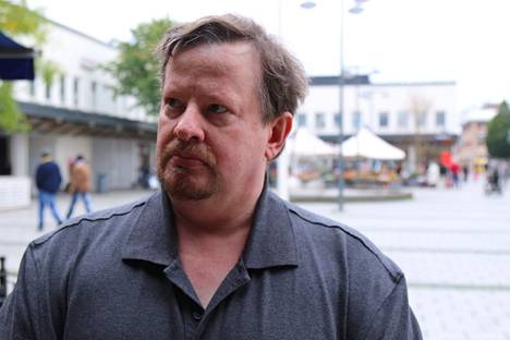Anders Lundgrenin mielestä maahanmuuttajien suuri määrä ei ole ongelma. –Mutta ehkä se on ongelma, että he ovat niin eristyksissä.