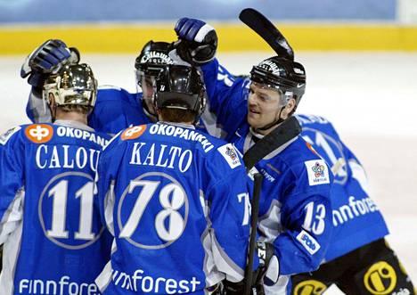 Kari Kalto ja Jan Caloun pelasivat samassa ketjussa Markku Hurmeen kanssa talvella 2003.
