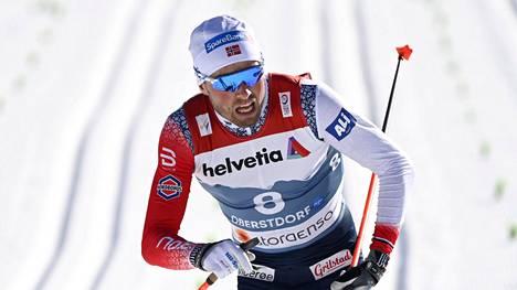 Emil Iversen voitti Oberstdorfin MM-kisoissa kaksi MM-kultaa.