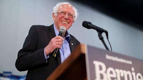 Senaattori Bernie Sandersilla on näinä päivinä aihetta hymyyn, kun kannatusluvut nousevat ja vastustajat panikoivat Yhdysvaltain demokraattien presidenttikisassa.