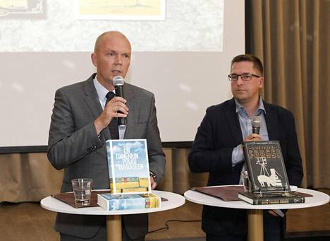 Romaanin kirjoittaminen oli Markku Mantilan pitkäaikainen haave. Siitä tuli totta tänä syksynä.
