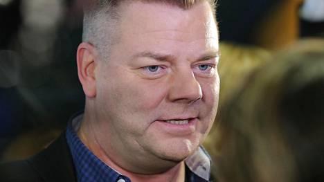 Jari Sillanpää kuvattuna käräjäoikeudessa helmikuussa.