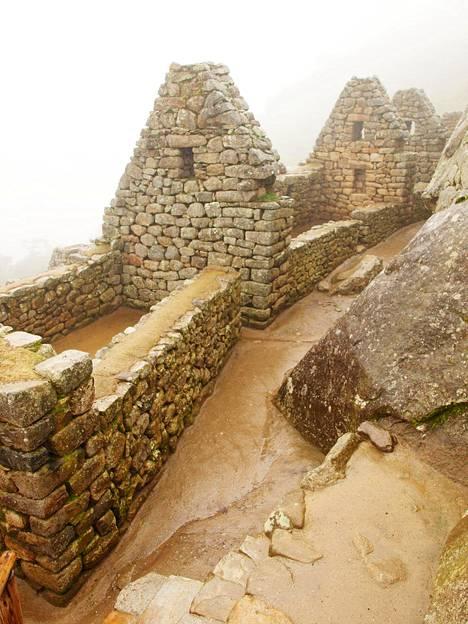 Annika suosittelee blogissaan vaihtoehtoja legendaariselle Machu Picchulle. Vaeltamisesta kiinnostuneet viihtynevät esimerkiksi Choquequiraon vaelluksella Perussa.