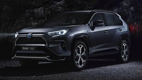 Suomeen uusi Toyota RAV4 Plug-in saapuu vuoden 2020 syksyllä. Ennakkomyynnin arvioidaan käynnistyvän kevään 2020 aikana.