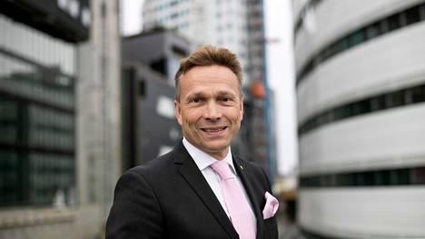 OP:n toimitusjohtaja Timo Ritakallio sanoo yhtiön parantaneen tulostaan merkittävästi kaikissa kolmessa liiketoimintasegmentissä.