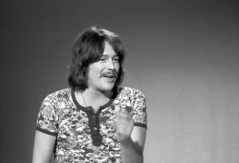 """Irwin Goodman voitti Syksyn Sävel -kilpailun vuonna 1971 kappaleella """"Poing poing""""."""
