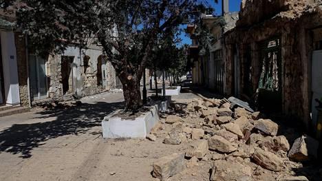 Erityisen kovaa maanantain järistys iski Arkalochorin kaupunkiin.