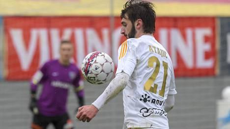 Bahrudin Atajic siirtyi täksi kaudeksi SJK:n riveihin.