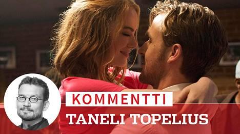 Emma Stone ja Ryan Gosling näyttelevät La La Landin rakastuvaa paria. Molemmat voittivat rooleistaan Golden Globe -palkinnon.