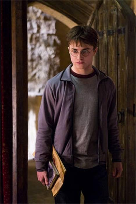 Harry Potteria näyttelevän Daniel Radcliffen stuntmies halvaantui.
