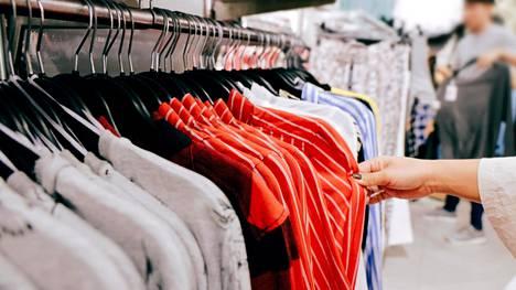 Muotimaailman ongelmat ovat laajasti tiedossa. Silti harva kuluttaja tai brändi oikeasti tietää, mitä vastuullisuus muodissa tarkoittaa, sanoo vastuullista muotia yhteen kokoavan kauppapaikan perustaja Matti Lamminsalo.