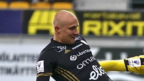 SJK:n Johannes Laaksonen.