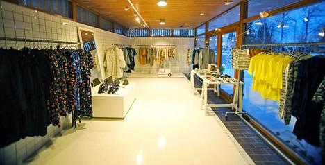 Myymälälle on varattu oma tila rakennuksesta. Kun Ivana Helsinki Housessa järjestetään tapahtumia, otetaan käyttöön isompi olohuone tai piha.