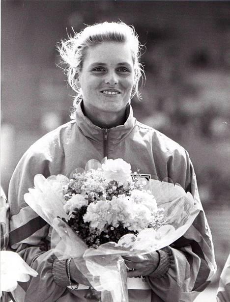 Katrin Krabbe oli Tokion MM-kisojen pikamatkojen kuningatar.