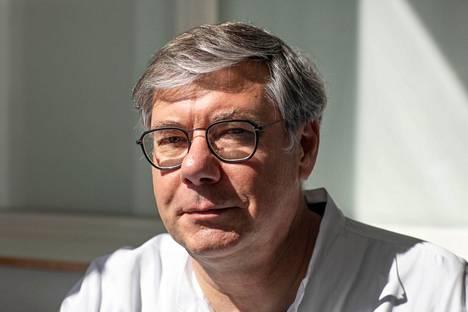 Infektioylilääkäri Asko Järvinen.